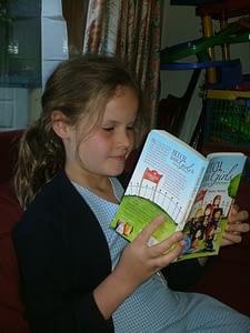 Schoolgirl reading
